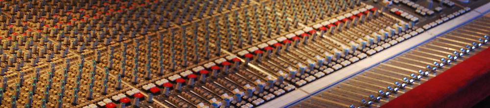 SSL_SL9000J_(72ch)_@_The_Cutting_Room_Recording_Studios,_NYC